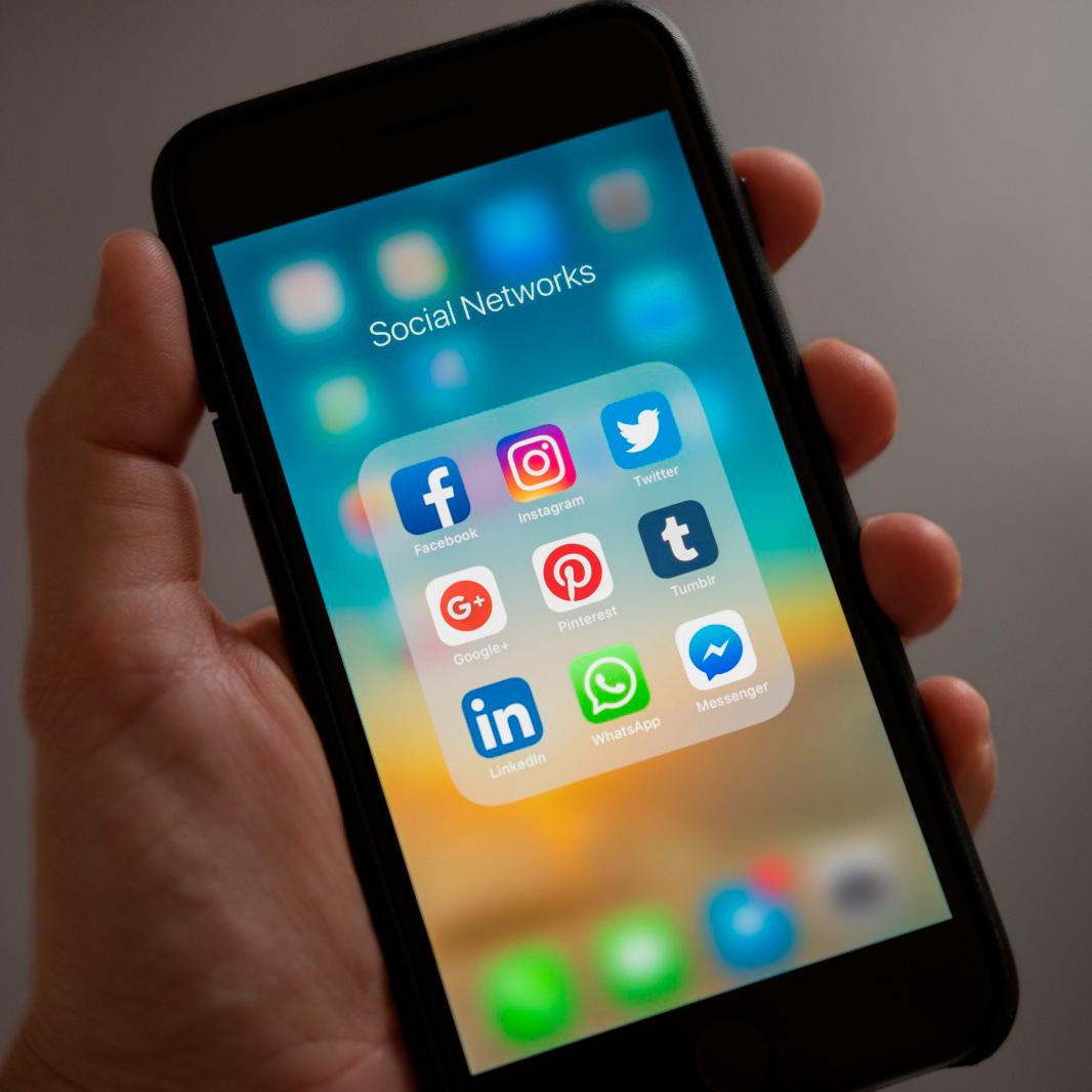 SOCIAL APP WEB